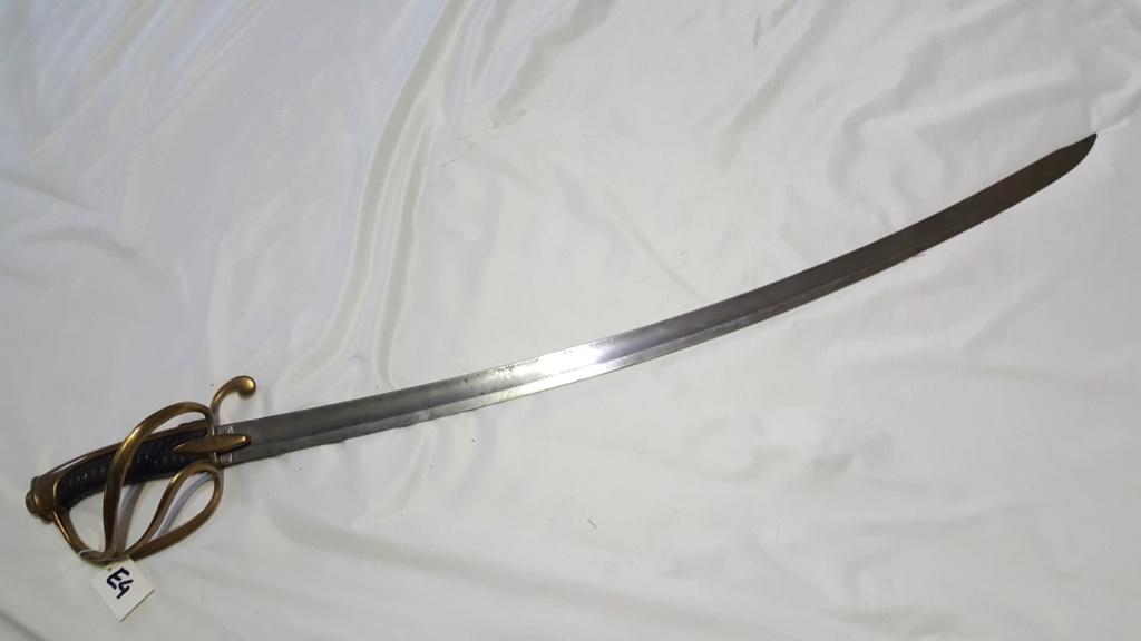 [NOUVELLES PHOTOS] Nombreuses épées à identifier E410