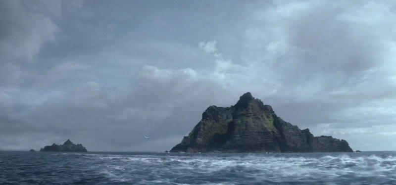 From Ahch-To to Skellig Michael (Star Wars, Episodes VII et VIII) Looking for Luke Skywalker 4-ahch10