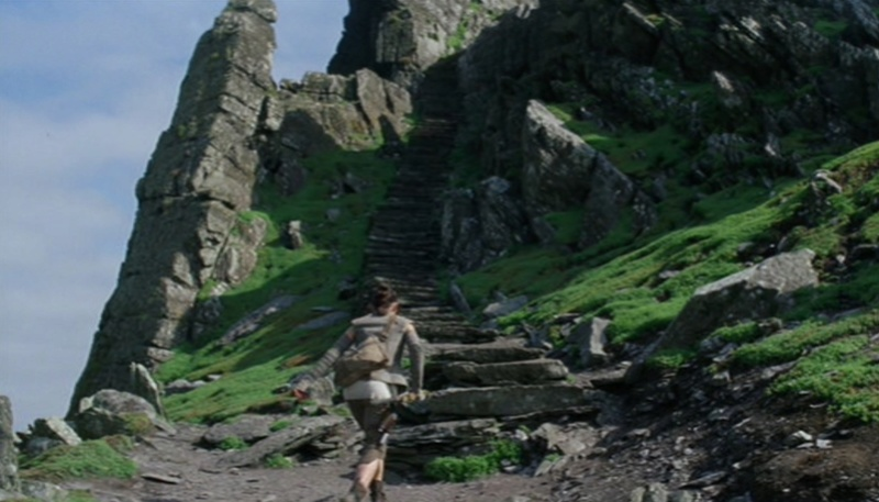 From Ahch-To to Skellig Michael (Star Wars, Episodes VII et VIII) Looking for Luke Skywalker 9-ahch10