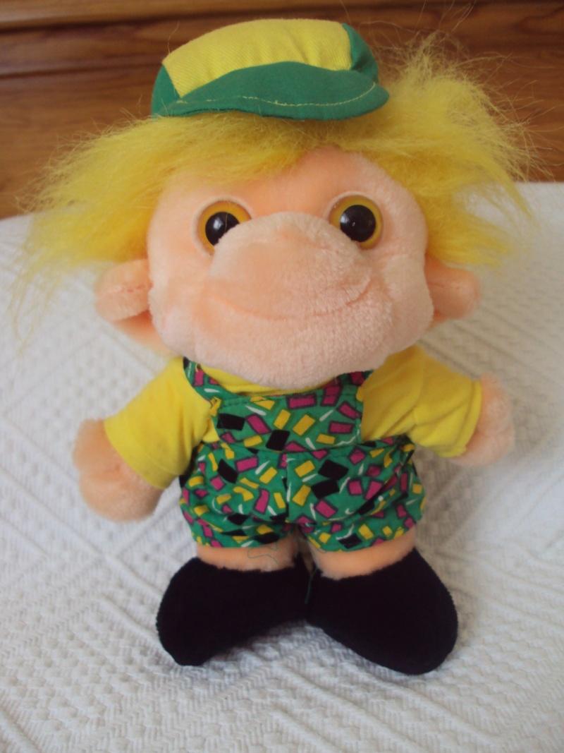 Peluches troll fête foraine, marque Trolio Dsc01011