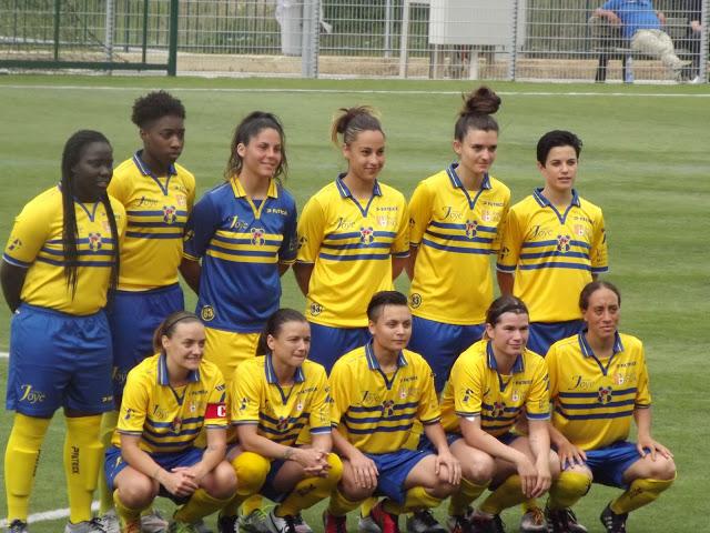 Les féminines accèdent à la Ligue 2 ! Dscf5310