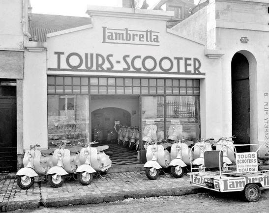 Des photos d'époque de Concessions Mercedes-Benz partie 1 - Page 15 P10010