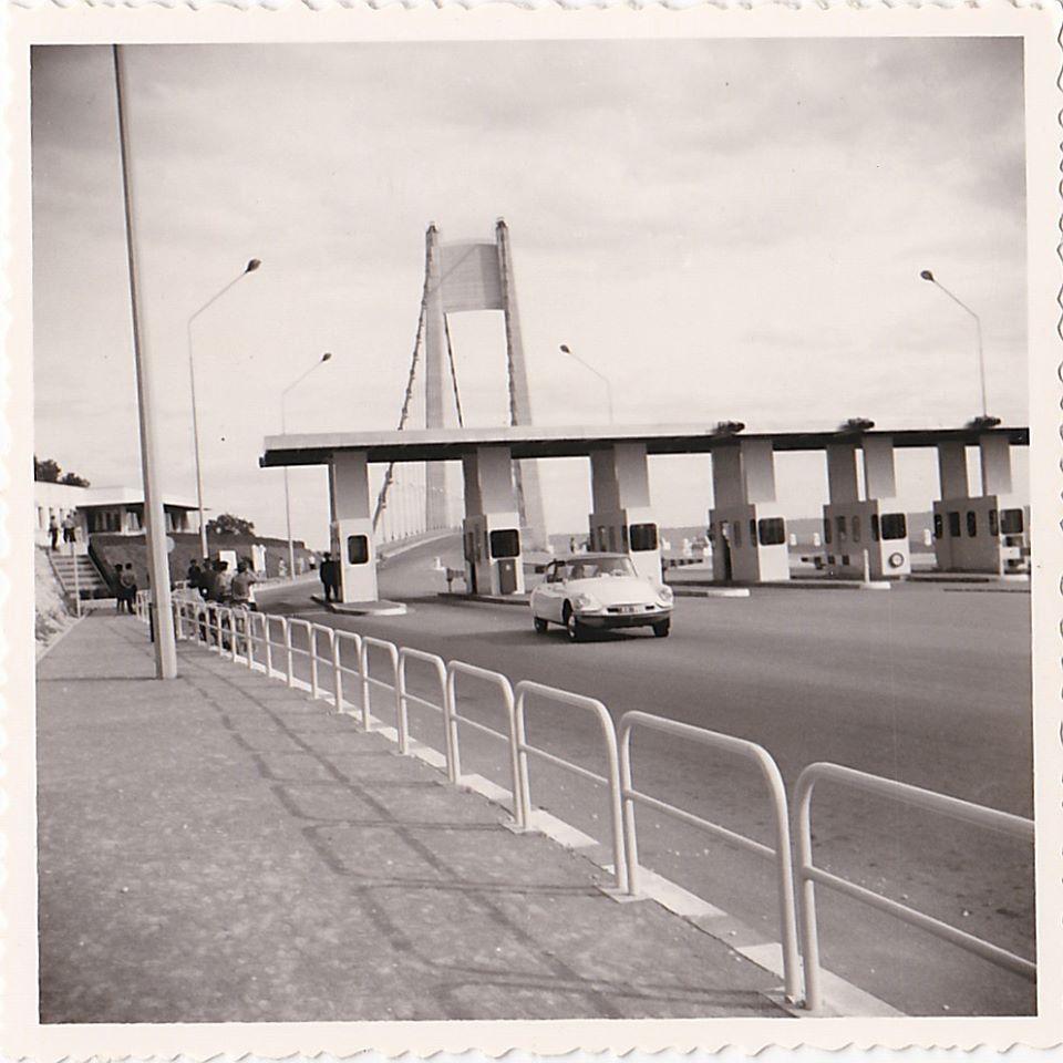 Des photos d'époque de Concessions Mercedes-Benz partie 1 - Page 26 P32110