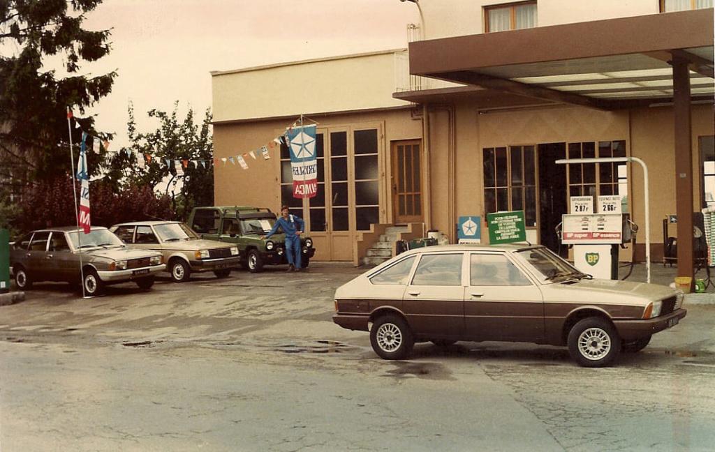 Des photos d'époque de Concessions Mercedes-Benz - Page 27 P33010