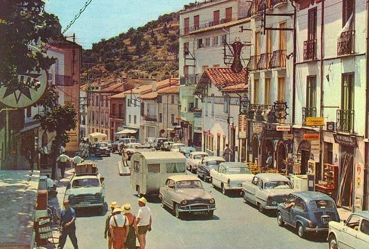 Des photos d'époque de Concessions Mercedes-Benz - Page 27 P33810