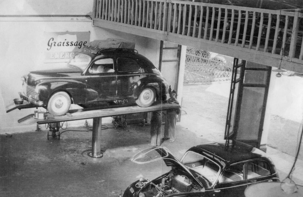 Des photos d'époque de Concessions Mercedes-Benz partie 1 - Page 28 P34710