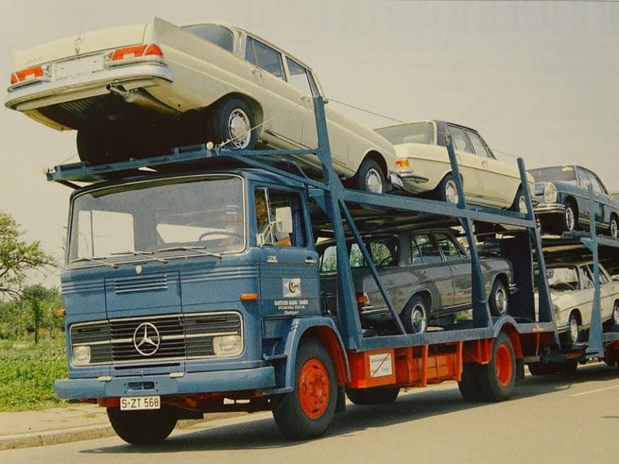 Des photos d'époque de Concessions Mercedes-Benz partie 1 - Page 28 P35710