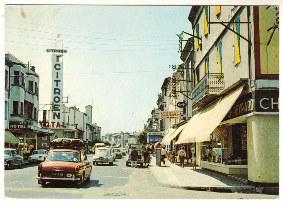 Des photos d'époque de Concessions Mercedes-Benz partie 1 - Page 34 P48610