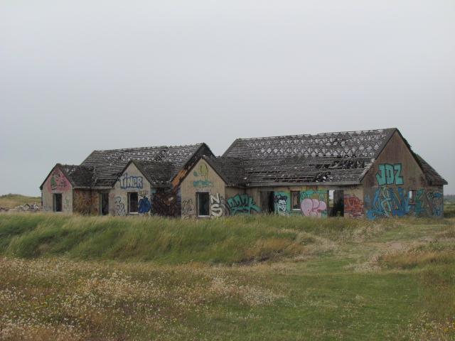 PIROU PLAGE le village fantôme dans la manche Img_0047