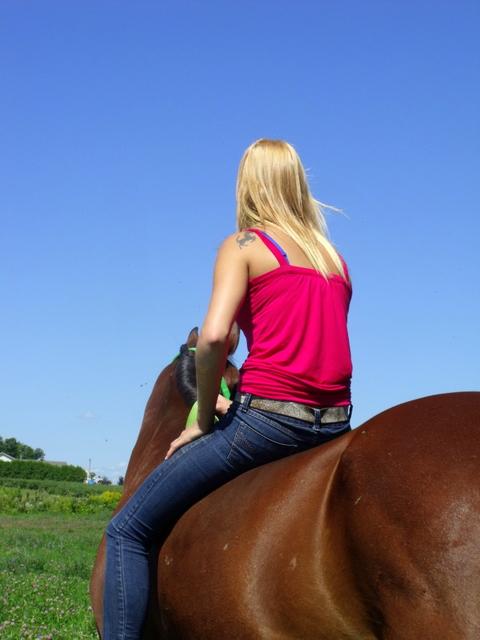 ♣ photos de vous à cheval - Page 4 Dscf4011