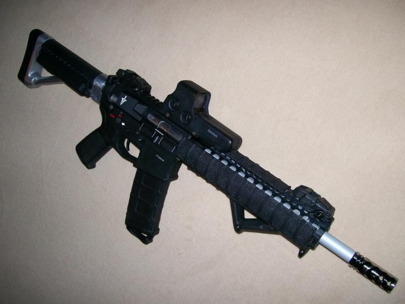 Mon custom M4 magpul 100_0216