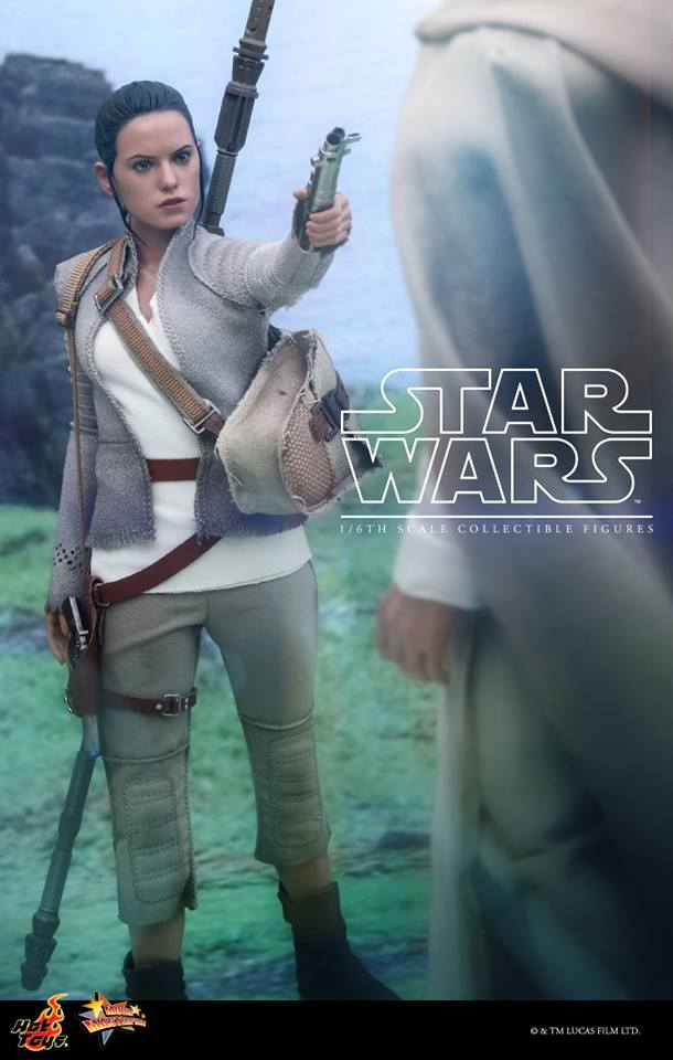 Hot Toys Star Wars - TFA Luke Skywalker 1/6th Scale Figure  Lukevi10