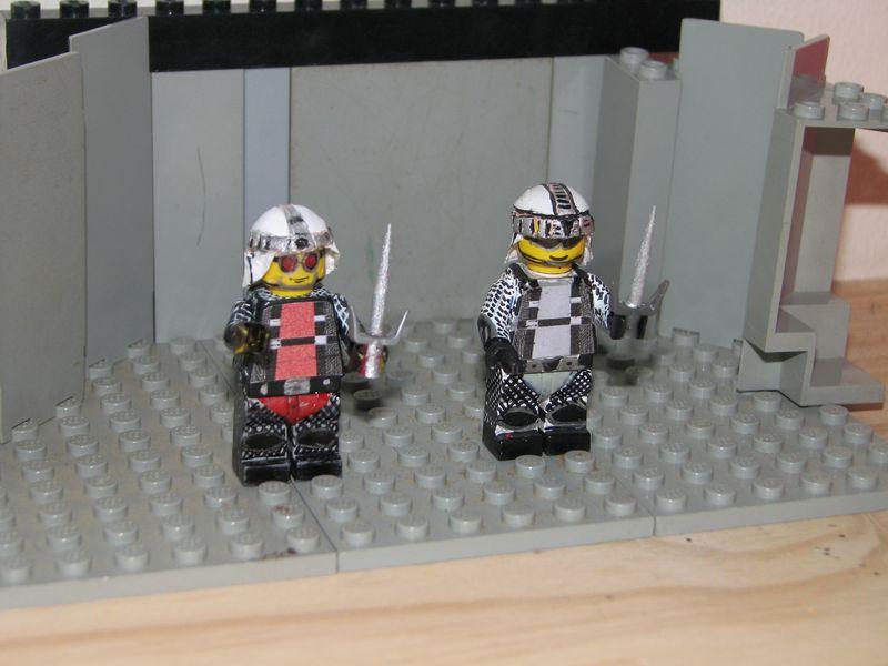 Customs lego  personnages de DA 80's de Fabax San_ku10