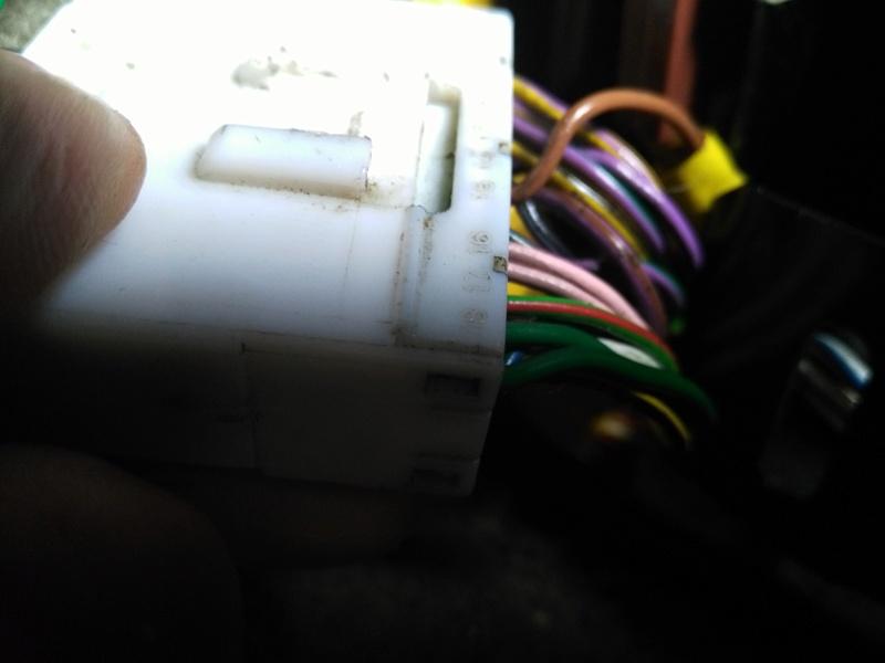 Probleme toit ouvrant et vitre arrière gauche qui ne çe ferme plus - Page 2 Image22