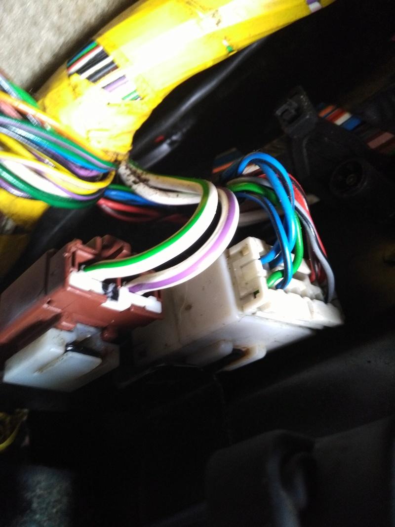 Probleme toit ouvrant et vitre arrière gauche qui ne çe ferme plus - Page 2 Image29
