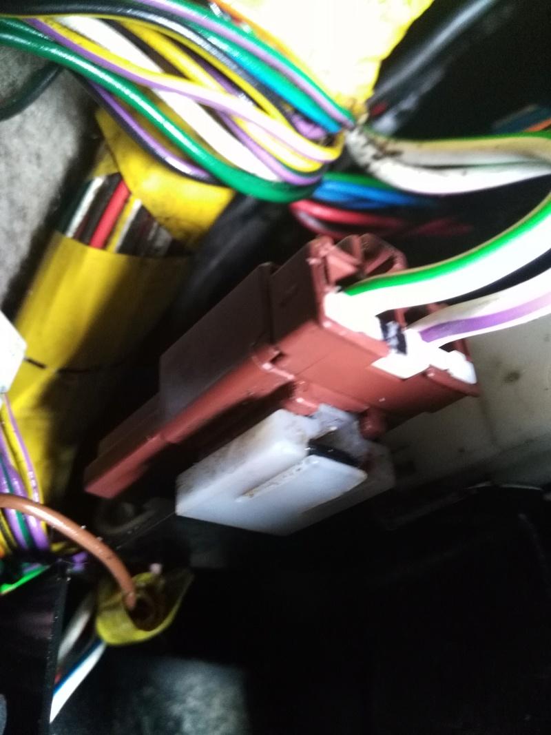 Probleme toit ouvrant et vitre arrière gauche qui ne çe ferme plus - Page 2 Image32