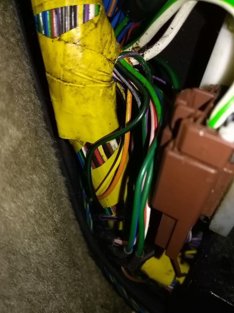 Probleme toit ouvrant et vitre arrière gauche qui ne çe ferme plus - Page 2 Image44