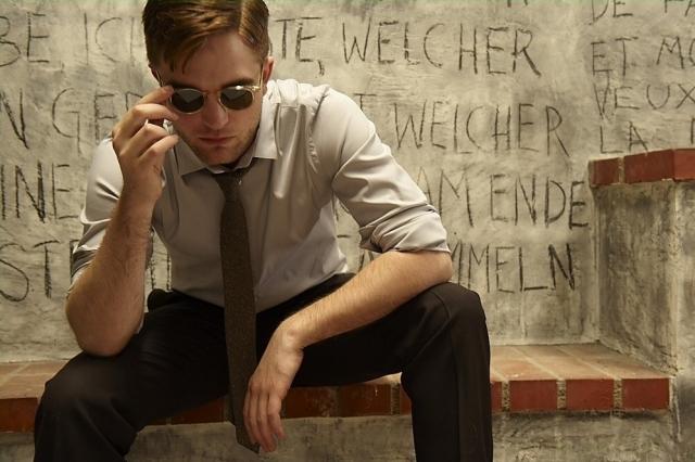 récap' Outtakes Robert Pattinson pour TVweek (Carter SMITH ) Outtak18