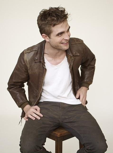 récap' Outtakes Robert Pattinson pour TVweek (Carter SMITH ) Outtak46