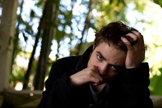récap' Outtakes Robert Pattinson pour TVweek (Carter SMITH ) Outtak58