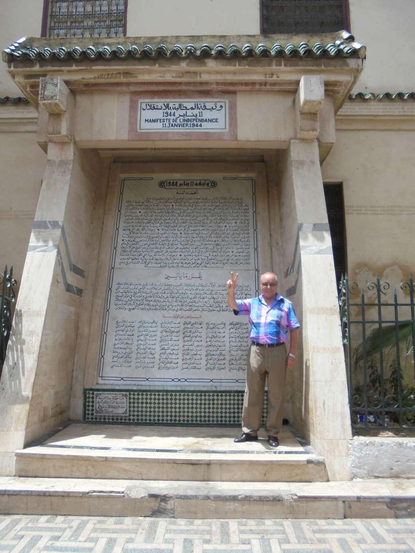 Biographie sommaire de l'Administrateur du Forum Dr IDRISSI MY AHMED Dsc06414