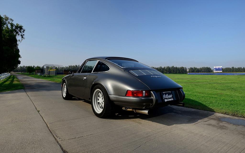 Porsche Bisimoto 911BR 1980-p11