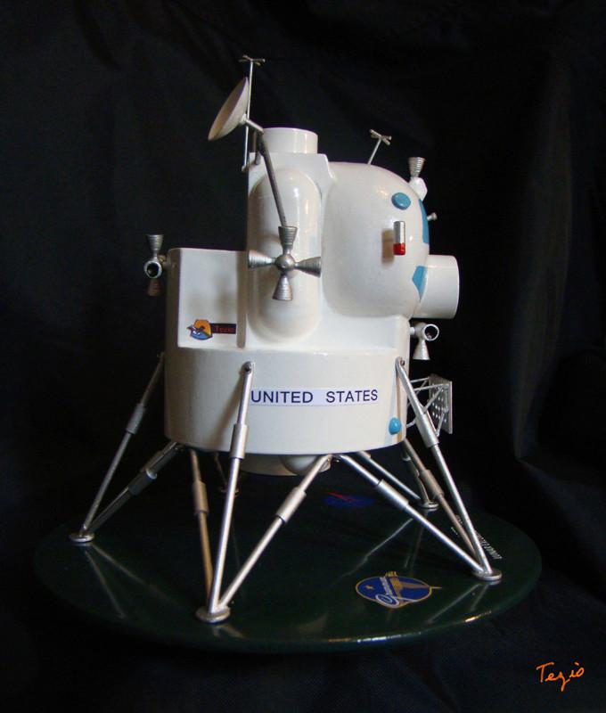 Lunar Excursion Module – Grumman – 1962 – 1/48éme par Tezio Dsc09512