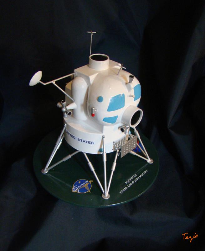 Lunar Excursion Module – Grumman – 1962 – 1/48éme par Tezio Dsc09515