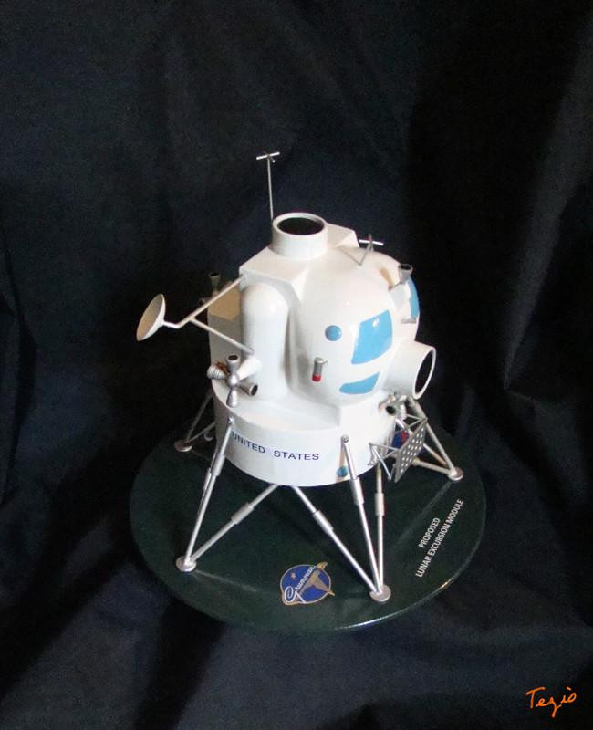 Lunar Excursion Module – Grumman – 1962 – 1/48éme par Tezio Dsc09518
