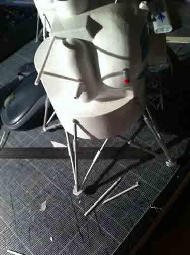 Lunar Excursion Module – Grumman – 1962 – 1/48éme par Tezio Img_2242