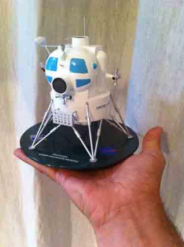 Lunar Excursion Module – Grumman – 1962 – 1/48éme par Tezio Img_2320