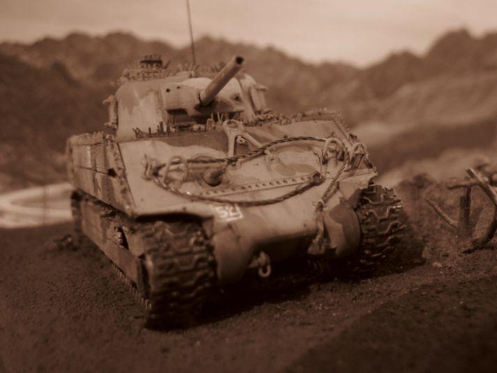 M4A3 , USMC IWO JIMA Dragon+scratch 1/72 Iwo8110