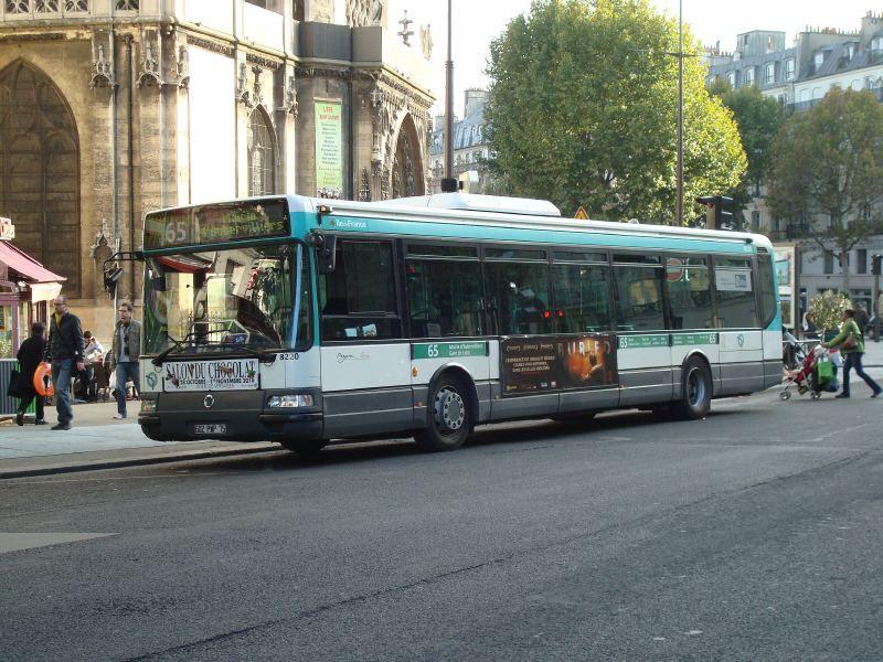Différents Bus RATP  Bus_210