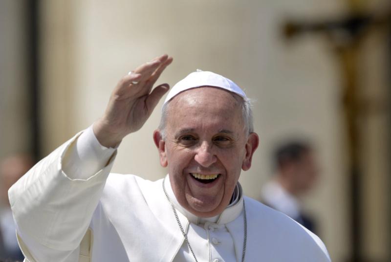 Pape et politique  Pape-f10