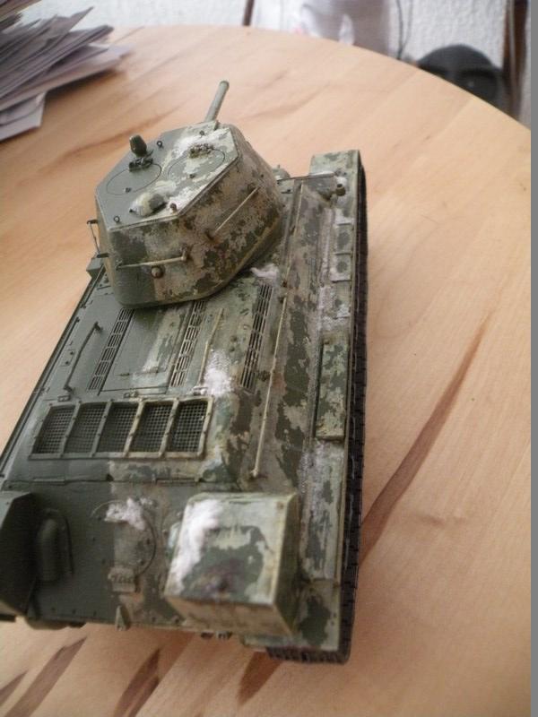 T 34-76 versions 1943 Dscn0022