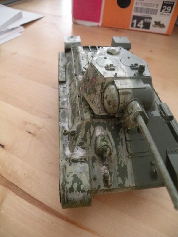 T 34-76 versions 1943 Dscn0024