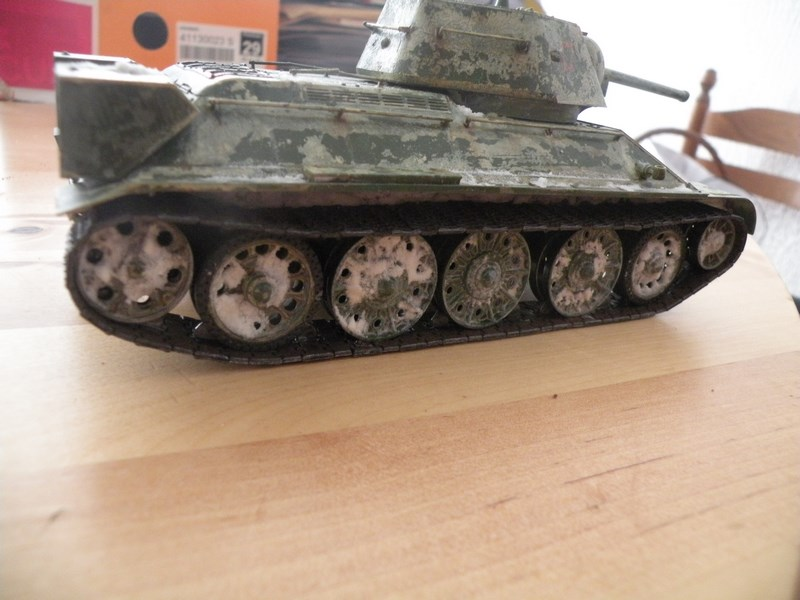 T 34-76 versions 1943 Dscn0025