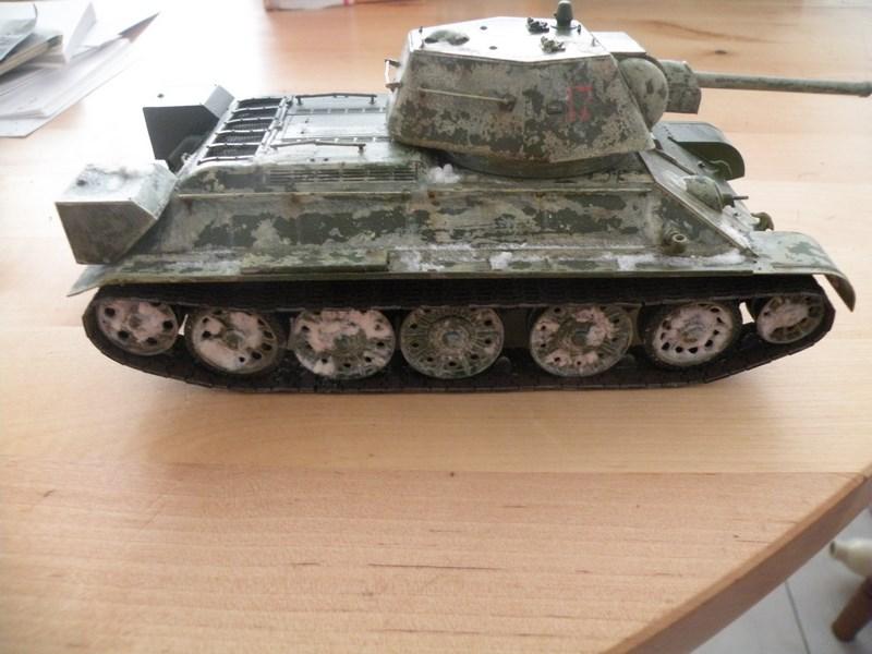 T 34-76 versions 1943 Dscn0027