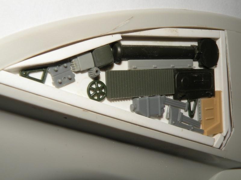 épave de char de la fédération du commerce !! kit AMT Dscn0028