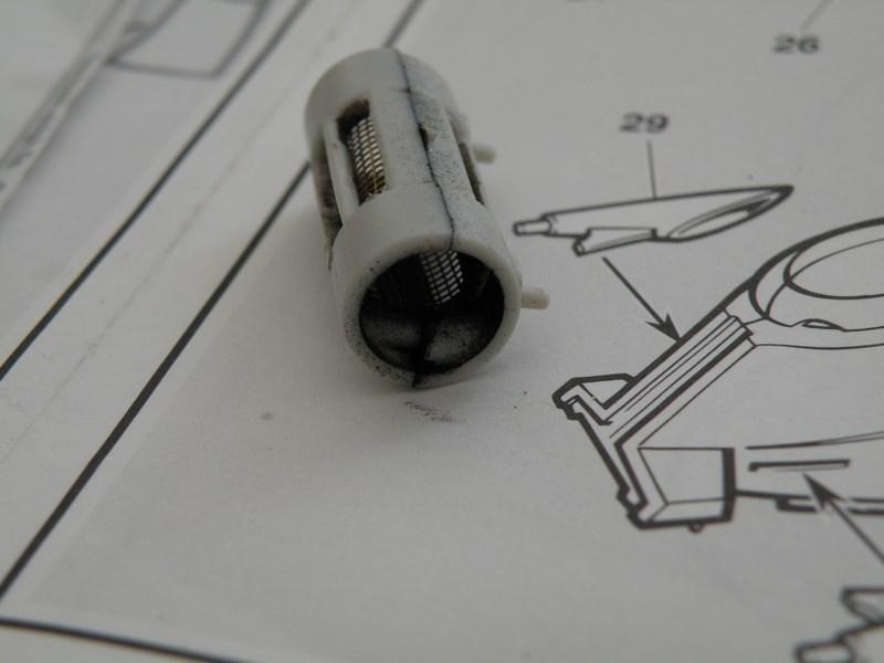 épave de char de la fédération du commerce !! kit AMT Dscn0030