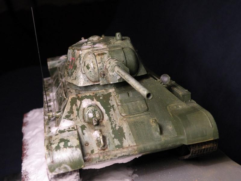 T 34-76 versions 1943 Dscn0060