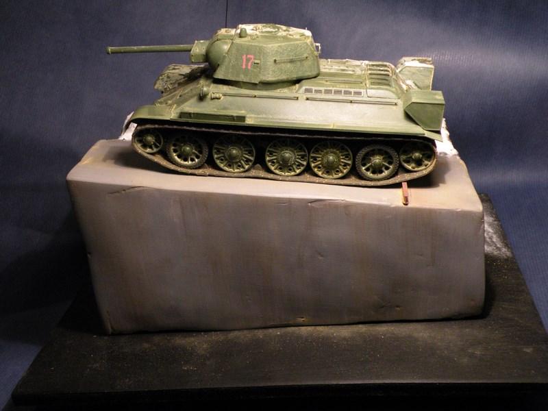 T 34-76 versions 1943 Dscn0062