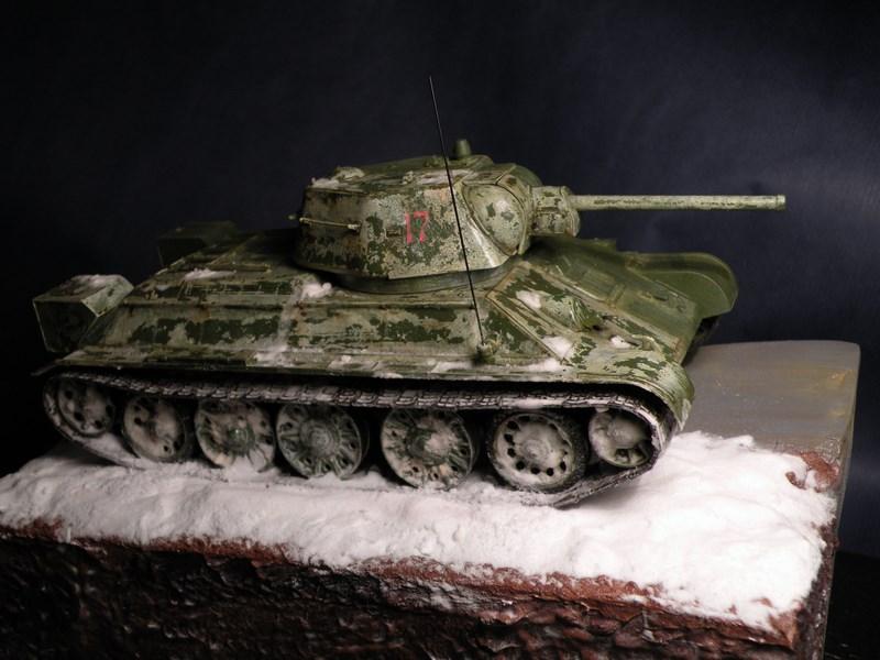 T 34-76 versions 1943 Dscn0064