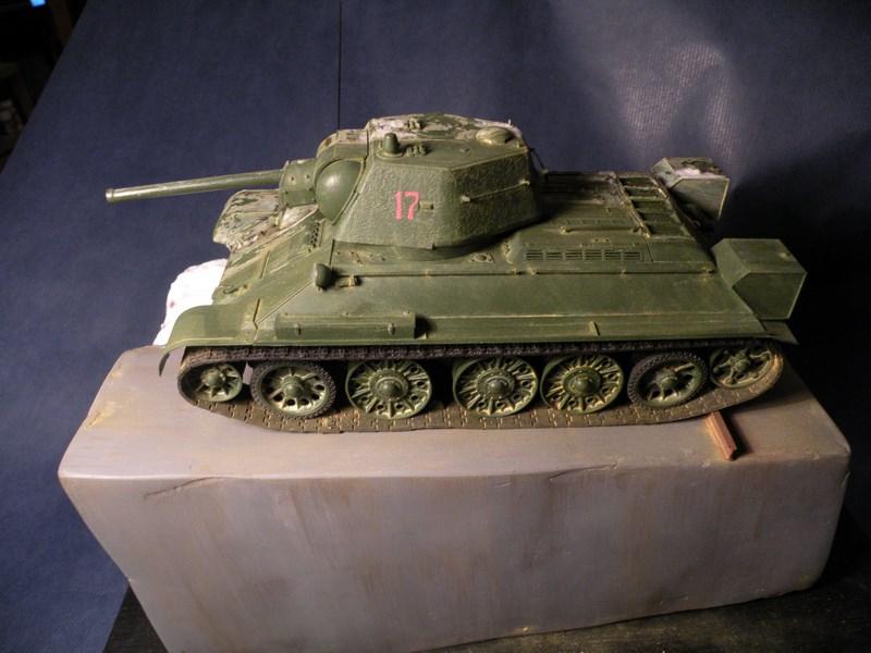 T 34-76 versions 1943 Dscn0065
