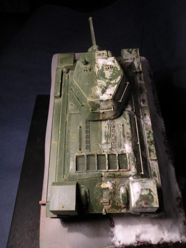 T 34-76 versions 1943 Dscn0066