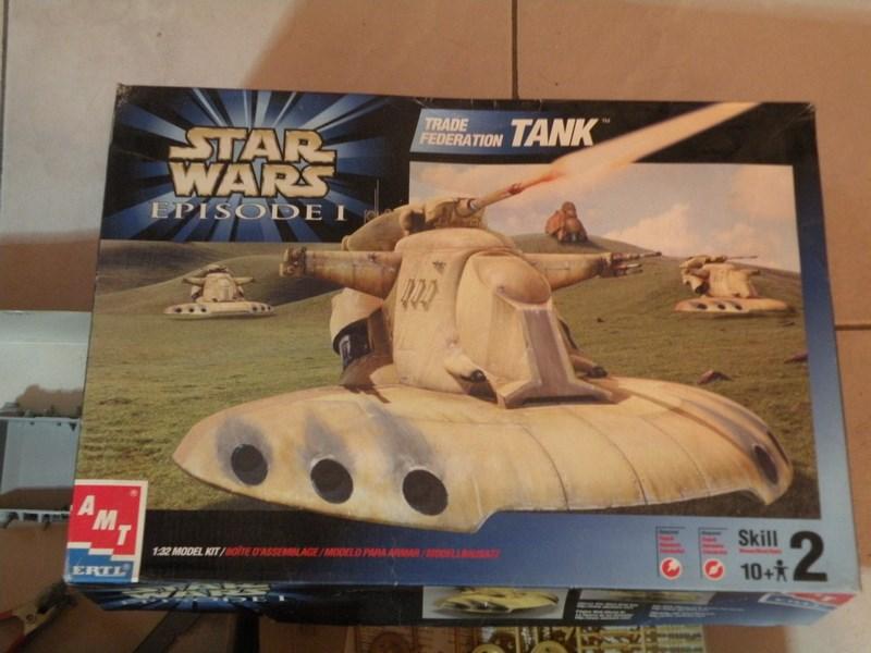 épave de char de la fédération du commerce !! kit AMT Dscn9722