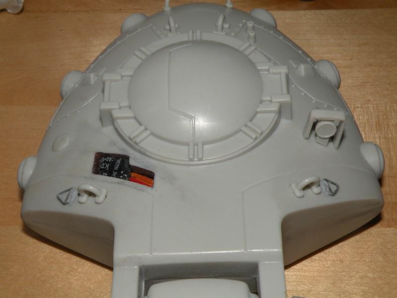 épave de char de la fédération du commerce !! kit AMT Dscn9932
