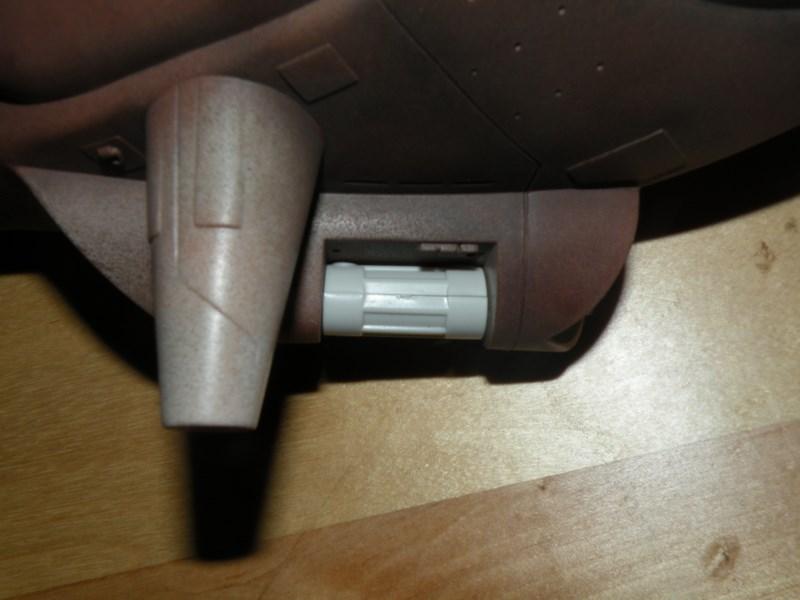 épave de char de la fédération du commerce !! kit AMT Dscn9965