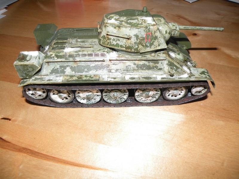 T 34-76 versions 1943 Dscn9976