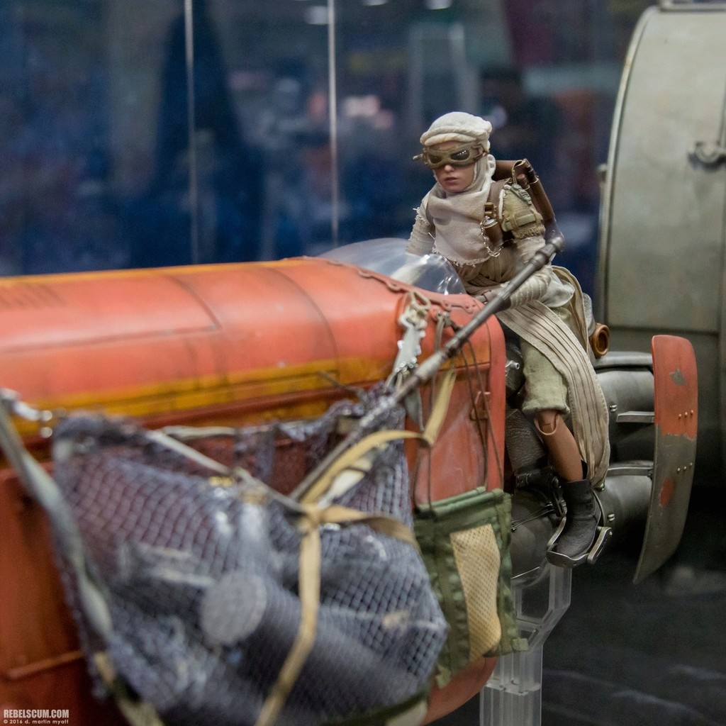 Hot Toys Star Wars Rey's Speeder Sixth Scale Collectible 2016-s16